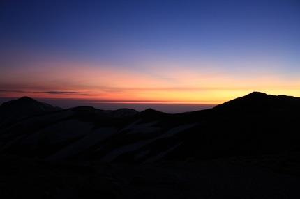 本山に沈む夕日
